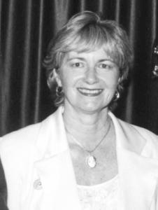 Maureen Ricciuto portrait black and white